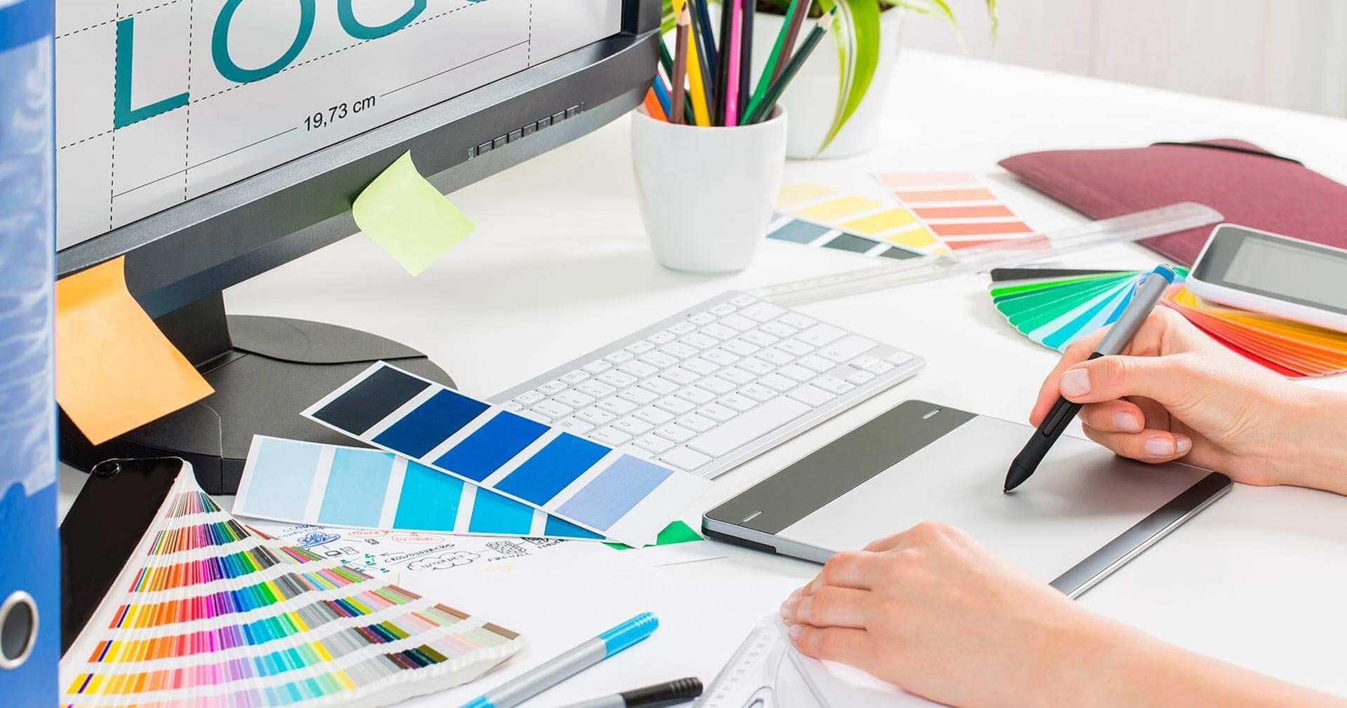 freelance-graphic-designer[1]